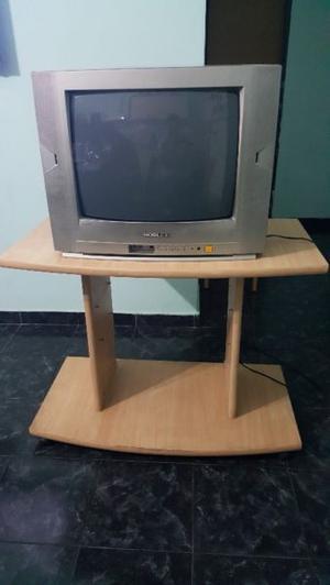 Tv Noblex 21' + mesa tv