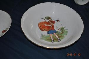 """juego de platos para niños GRAN DISEÑO """" checoslovacos"""