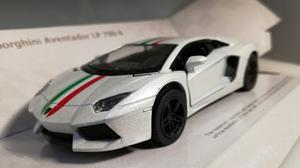 Lamborghini Aventador Lp  Kinsmart