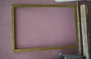 marco dorado 50x72x3 a $200