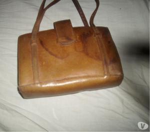 vendo cartera de cuero antigua