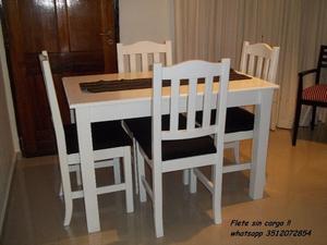 Mesa y 4 sillas !! Flete sin cargo !!
