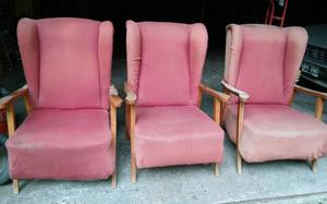 Vendo tres sillones antiguos con orejeras