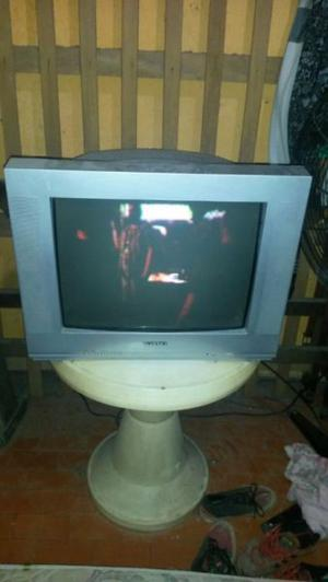 Vendo tv en buen estado.