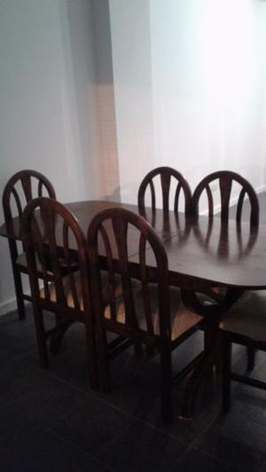 vendo mesa de madera con 6 sillas