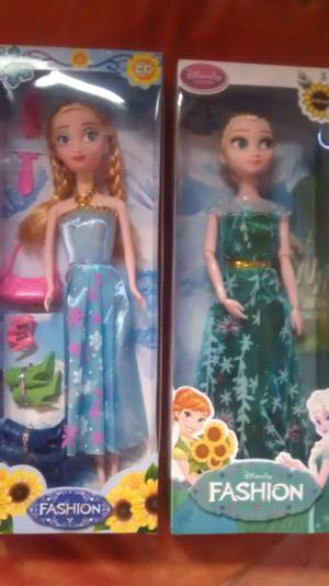 Muñecas nuevas en caja