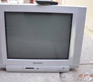 Vendo Tv daewoo de 21 pulgadas + Control Remoto Universal RC