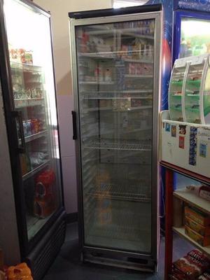 Vendo heladera exibidora Vestfrost $