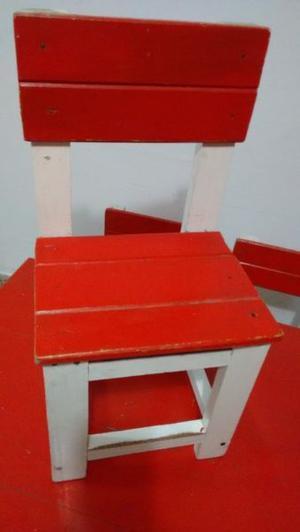 Vendo juego de mesas+6 sillas para niños