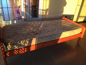 Cama y colchón 1 plaza