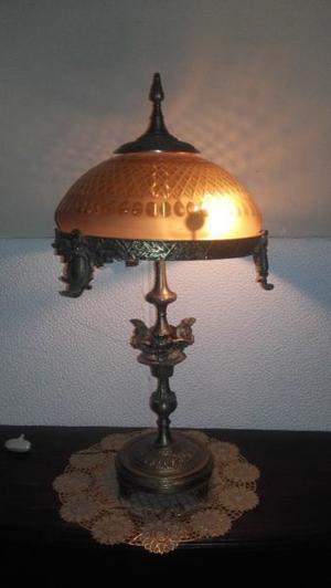 VENDO HERMOSA LAMPARA DE BROCE. NALO