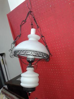 VENDO HERMOSA LAMPARA QUINQUEL. NALO.