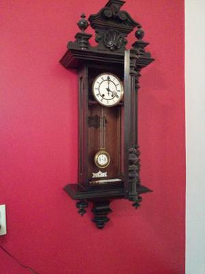 Reloj Antiguo De Pared Con Pendulo