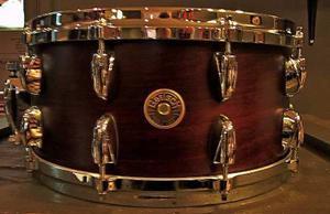 Tambor Gretsch Usa Custom 14x6.5 Die Cast Satin Walnut Nuevo
