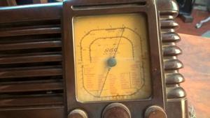antigua radio a valvulas General Electirc