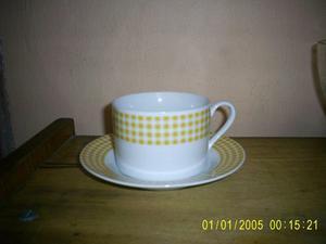 6 tazas de te con plato