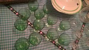 Juego de copas de cristal verde
