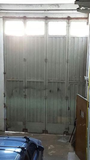 Portón de hierro corredizo para galpón de 5,20 x 3,50 mt