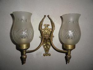 aplique y velador de bronce y cristal