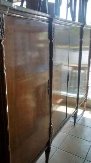 Antiguo aparador francés