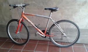 Bicicleta casi sin uso.