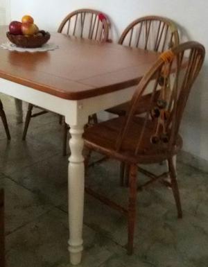 Juego comedor Mesa Guatambú Y 6 Sillas Windsor Madera Roble