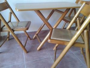 Juego de Comedor de Madera y Mimbre mesa y 3 sillas