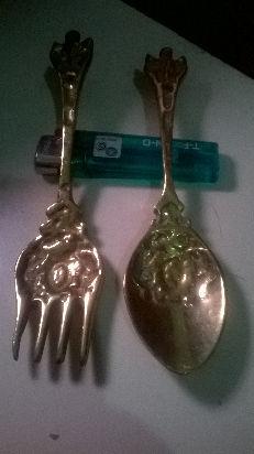 tenedor y cuchara de bronce macizo para decoracion