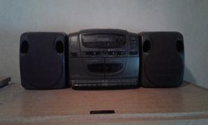 Minicomponente Newtech, CD doble casetera, radio AM/FM 2