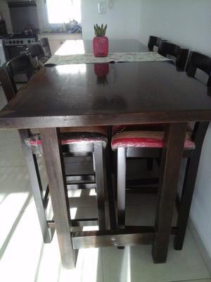 Vendo mesa y sillas altas