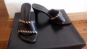 LIQUIDO sandalias de cuero nro 36
