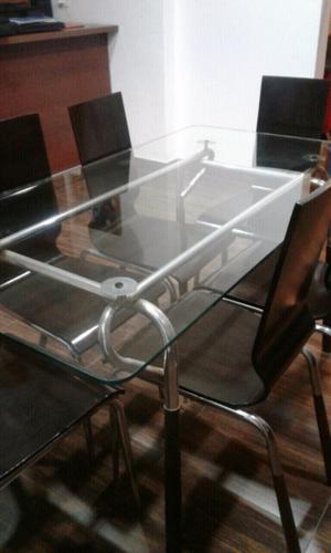 Mesa de vidrio con 6 sillas 1,50 x 0,80