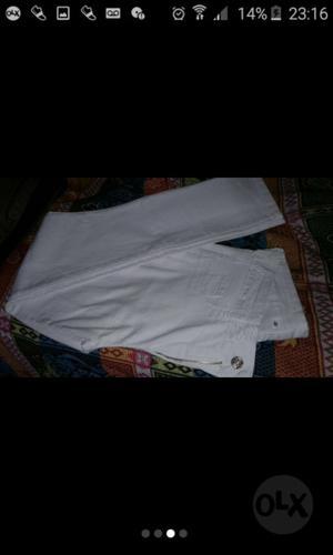 Pantalón jeans chupin blanco Nuevo.talle 42