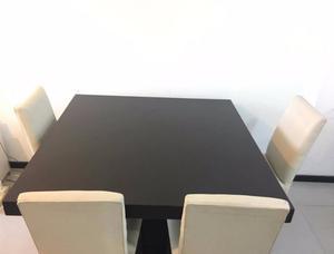 Vendo juego de mesa con sillas