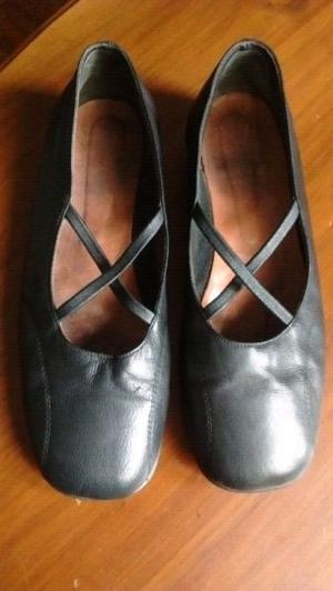 Zapatos de cuero numero 40