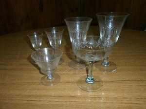 juego de copas de cristal labrado de 49 piezas VER MAS