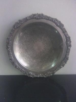 Antigua fuente bandeja