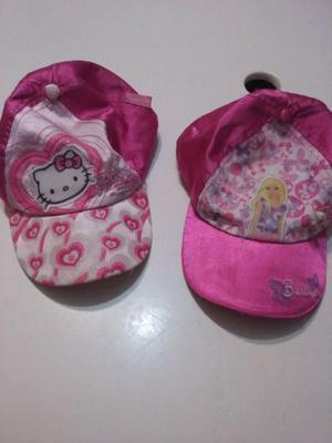 Gorras de Barbie y Kitty.