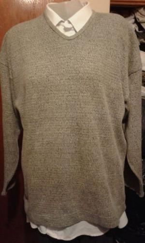 "SWEATER TIPO BUZO,DE HILO MARCA:""STREET ONE "" TALLE XL"