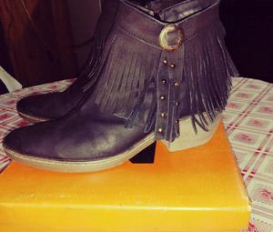 Vendo ropa y botas de mujer