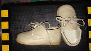 Vendo zapatos de bebé
