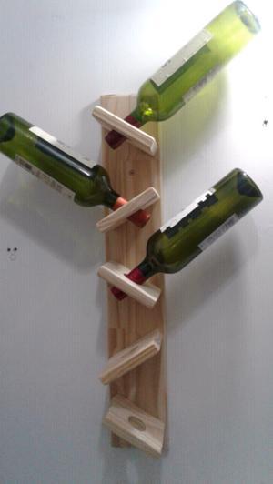 Repisa vinoteca en pino