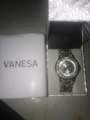 Reloj Vanesa Duran