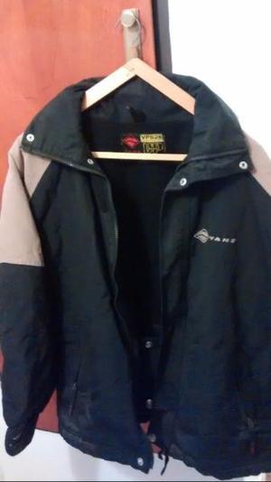 Campera de abrigo marca Vans