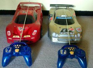 Dos autos radio control Ferrari y Mercedes ideal día del