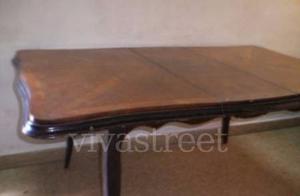 Mesa francesa estilo Luis XV. lustrada+extension hay comoda