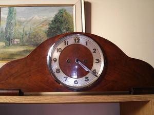 Reloj Medio Carrillon Junghans, A Pendulo Y Con Llave $