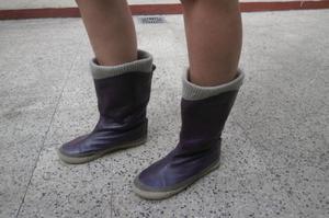 botas media caña talle 37, violetas.