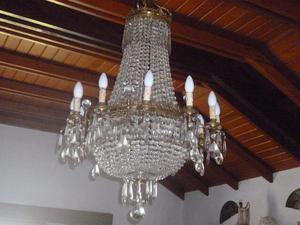 imponente araña 24 luces, bronce y caireles estilo imperial
