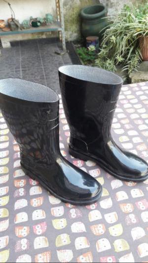 Botas de lluvia Nº 36. Nuevas!!!